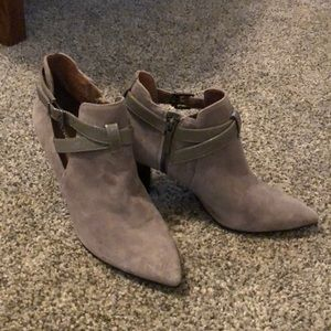 Donald Pliner gray suede booties